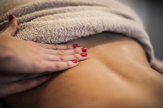 massaggio alla schiena
