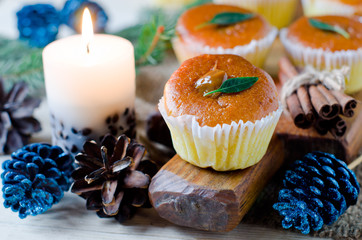 Christmas muffins with caramelized milk
