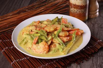 malaysian prawn in spicy coconut milk gravy