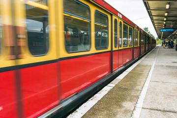 Berlin S-Bahn to record in dynamic.