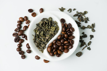 Green leaf tea versus coffee beans in Yin Yang