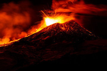 Deurstickers Vulkaan Etna eruption - Catania, Sicily
