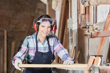 ruhende gmbh kaufen gesellschaft kaufen was beachten Holzverarbeitung kauf gmbh firmenmantel kaufen