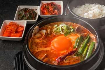 スンドゥブチゲ 韓国の豆腐料理  Gourmet of Sundubu Korea