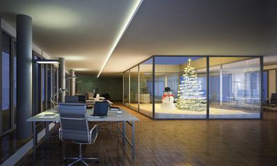 Büroetage mit winterlichem Atrium
