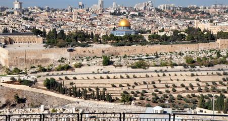 Jerusalem - Blick auf die Heilige Stadt, auf den Tempelberg mit Felsendom und Al-Aqsa-Moschee