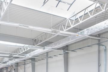Konstrukcja hali stalowej produkcyjnej i magazynowej