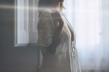Vintage cleavage