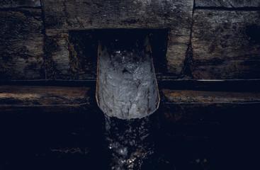 Старый деревенский колодец