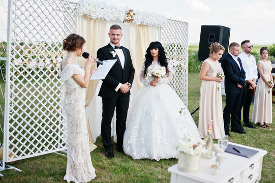 Amazing wedding ceremony with master of ceremonies, wedding coup