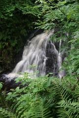 Wasserfall im Glenariff National Park / Nordirland