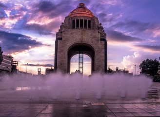 Monument to the Mexican Revolution (Monumento a la Revolucion) - Mexico City, Mexico Fototapete