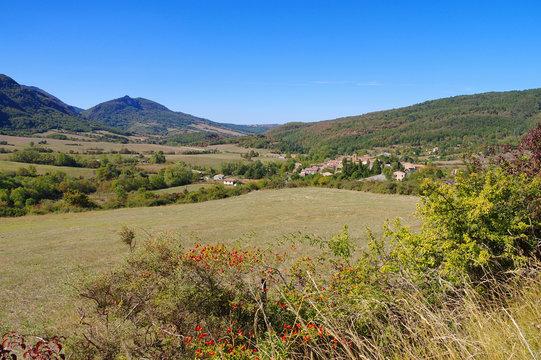 Bugarach im Süden Frankreichs - village Bugarach in southern France