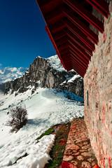 Photo sur Aluminium A cabin in the mountains of The Picos de Europa