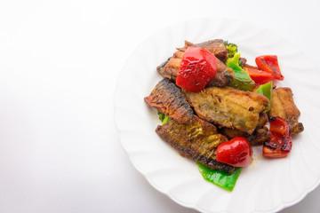 揚げ秋刀魚と彩り野菜のカレーソテー