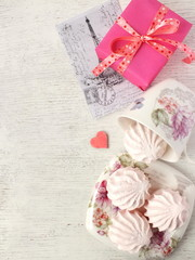 Gifts and cards for Valentine's day.