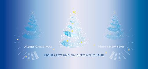 Weihnachtliche Szenerie mit drei Christbäumchen in nächtlich-blauem Licht