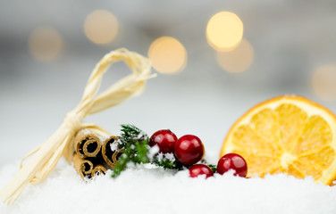 Weihnachten - Zimt, Beeren, Orange
