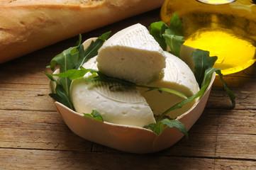 Robiola cheese Robiole d'alba Italian cheeses Italian cheese Käsesorten aus Italien Formaggi italiani Fromages italiens イタリアのチーズ Cucina italiana Italiaanse kazen