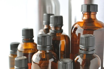 Brown glass laboratory bottles for chemicals, medical and cosmetic liquids