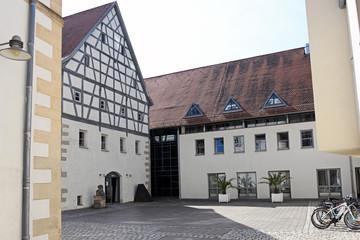 Das neue Rathaus von Weissenburg Bayern