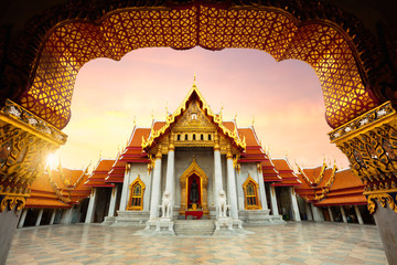 Foto auf Leinwand Kultstatte The Marble Temple, Wat Benchamabopitr Dusitvanaram Bangkok Thailand