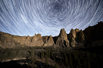 Star trails over Smith Rock