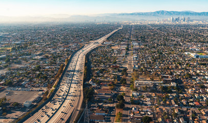 Aerial view of a freeway intersection in Los Angeles Fototapete