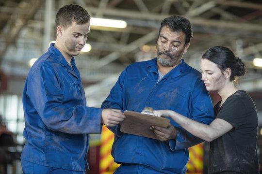 Mechanics at workshop reading check list