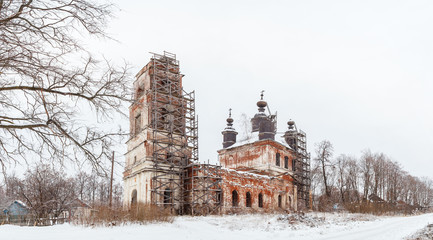 Нижегородская область. Разрушенная казанская церковь в селе Богородское, Россия