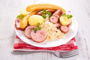 sauerkraut,cabbage and bacon