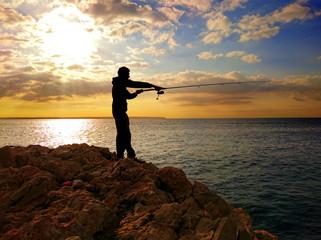 Silhouette eines Fischers auf Mallorca