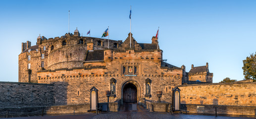 Printed roller blinds Castle Edinburgh Castle front gate