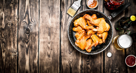 Smoked chicken wings with beer