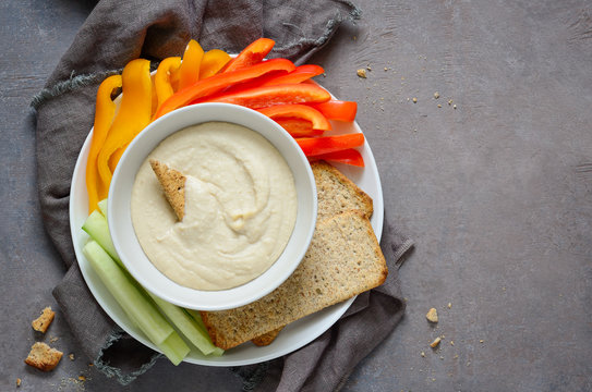 Hummus and vegetables in a plate