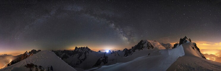 Fotobehang Alpen Mountain stars and milky way Chamonix