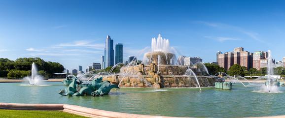 Buckingham fountain in Millenium park, Chicago, Illinois, US