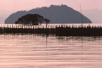 琵琶湖の夕暮れ