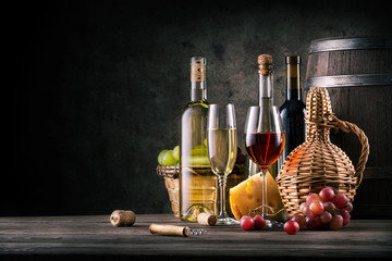 Still on the subject of wine on wooden table