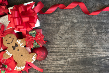 Christmas background decorate with gingerbread man cookie on vin