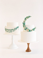 Wedding cakes with floral garlands