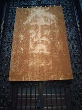 copy sacred shroud