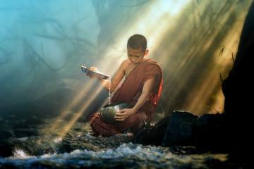 novice monk washing almsbowl