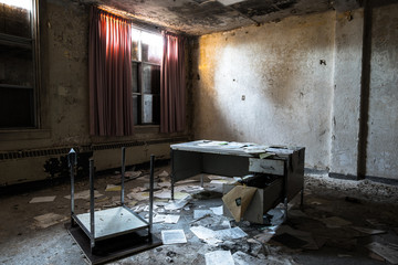 Abandon Desk