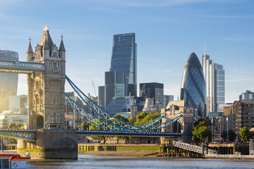 Autocollant pour porte London Financial District of London and the Tower Bridge