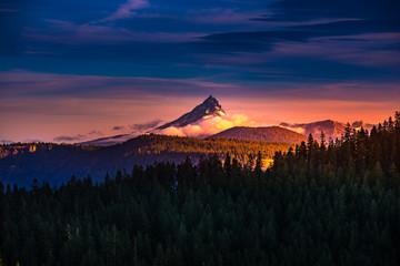 Mt Thielsen at Sunrise Oregon Landscape