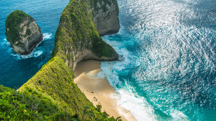 Foto auf Leinwand Bali Manta Bay or Kelingking Beach on Nusa Penida Island, Bali, Indonesia
