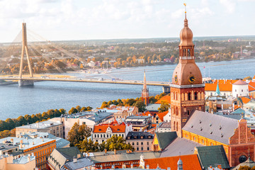 Cityscape aerial view on the old town with Dome cathedral and Daugava river in Riga city, Latvia Fototapete