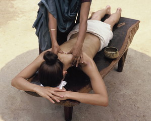 Ayurvedic oil massage, India, Asia