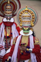 Kathakali dance performers, Kochi (Cochin), Kerala state, India, Asia